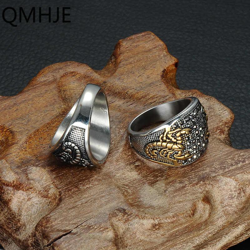 Qmhje scorpion men aço inoxidável signet anéis selo anel hip hop preto strass masculino jóias de prata cor ouro clássico oval