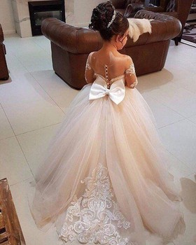 Beautiful Sheer Appliqued Long Sleeve Flower Girl Dresses Jewel Neck Princess Girls Formal Pageant Gowns With Big Bow Sash 2018 new lovely princess baby girl flower girls dresses sheer lace crew neck appliques formal girl s pageant dresses