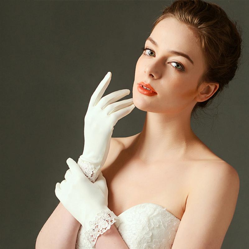 1 Pair Wedding Dress Gloves Matte Satin Portable Elegant Gorgeous Dress Gloves for Bride Wedding Accessories