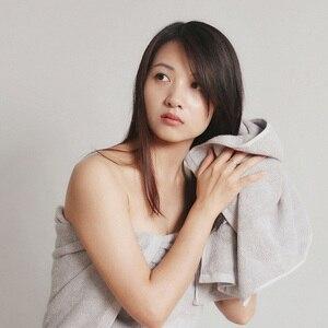 Image 4 - Originele Youpin Zsh Katoen Fiber Antibacterical Handdoek Absorberende Handdoeken 2 Kleur 34*72Cm Zachte Bad Gezicht Handdoek familie Gebruik