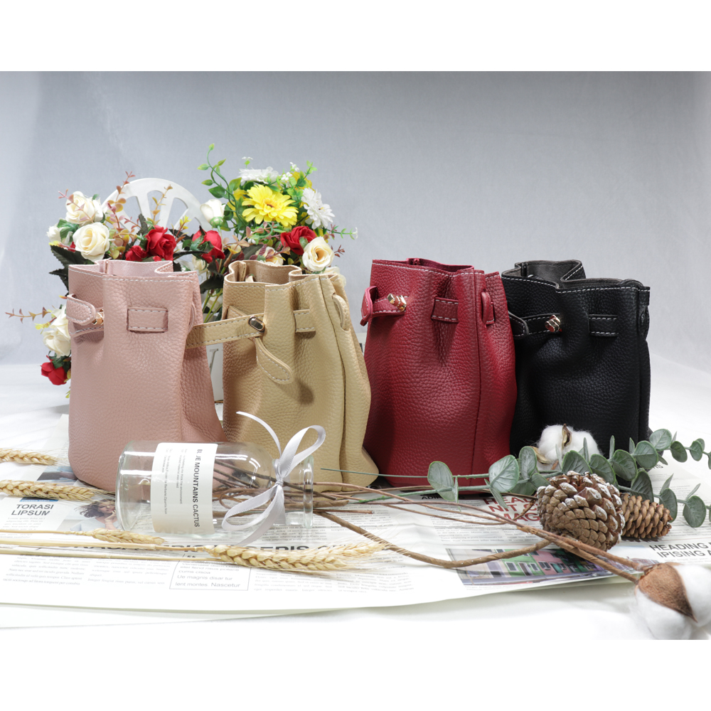 Women's Bags New Simple Barrel Forms Lady Girl's Bags Lock Hasp Small Bag Leisure Solid Color Single Shoulder Satchel Waist Bags