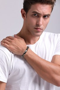 Image 5 - Hommes acier inoxydable 2 tons céramique thérapie Bracelet pour homme femme unisexe à la mode bijoux noir Rose or couleur 19cm