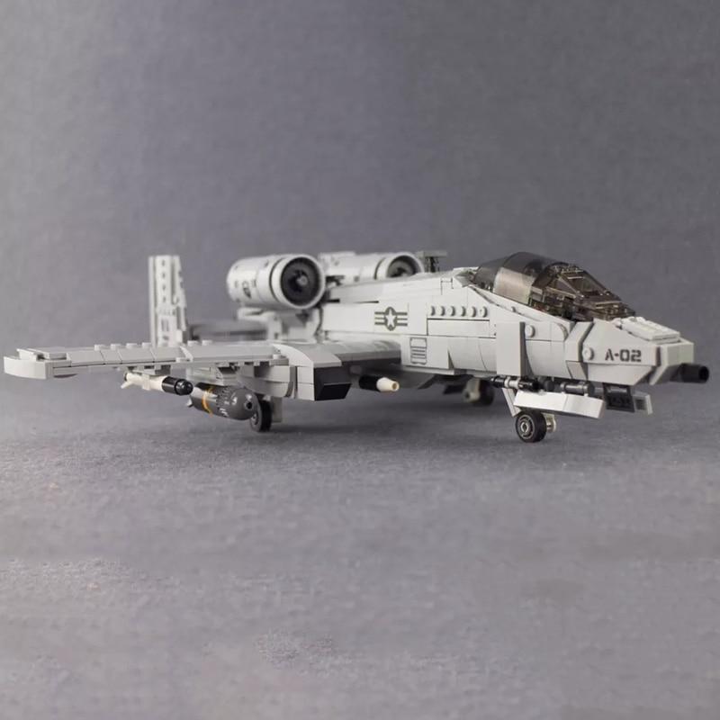>961Pcs Military <font><b>Building</b></font> <font><b>Blocks</b></font> 06022 Thunderbolt II A10 fighter Plane <font><b>Model</b></font> Toys For Children Christmas gifts