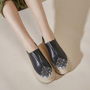 Image 4 - 여성 정품 가죽 슬립 온 플랫폼 플랫 로퍼 레저 부드러운 편안한 모카신 라인 석 대마 두꺼운 단독 캐주얼 신발