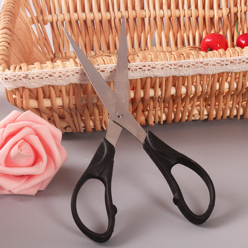 E058 Student Household 2 Yuan Shop Scissors Stall Supply Of Goods Hot Selling Supply Of Goods Daily Use The Department Store Yiw
