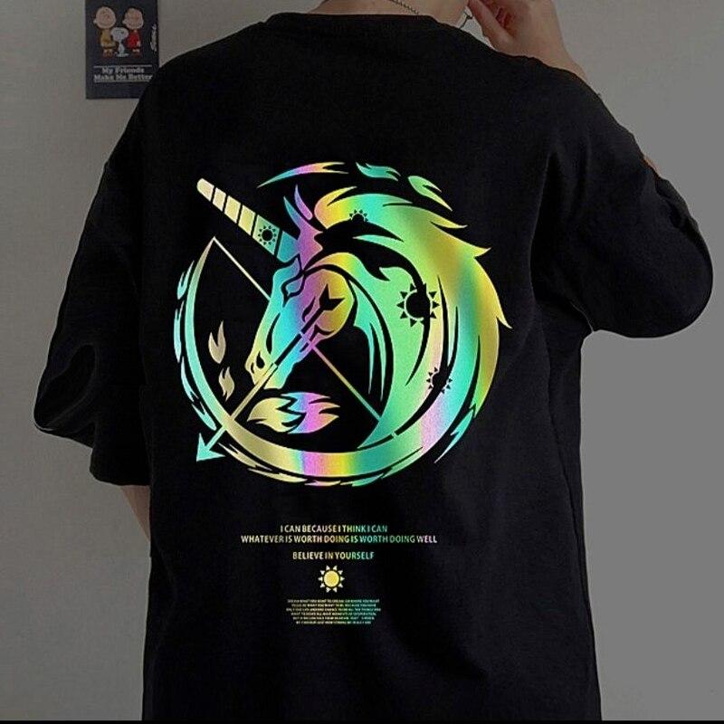 Женская футболка с рисунком, светоотражающий топ с коротким рукавом и графическим принтом, свободный уличный Топ в стиле Харадзюку С созвез...