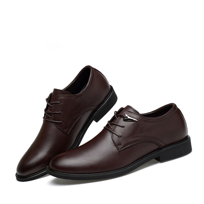 Business formal wear men's leather shoes summer pointed leather shoes men's British lace up lacquered top layer  leather shoes