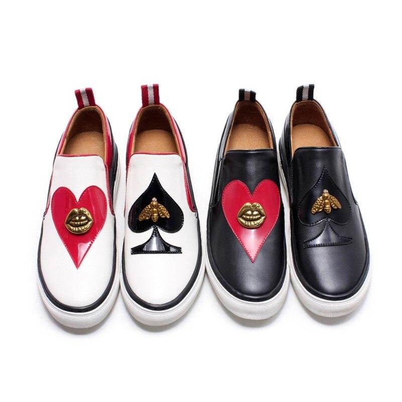 Femmes bout rond en cuir véritable abeille lèvres noir rouge coeur pique décor bas talon mocassins sans lacet mocassins chaussures 2 couleurs A1192