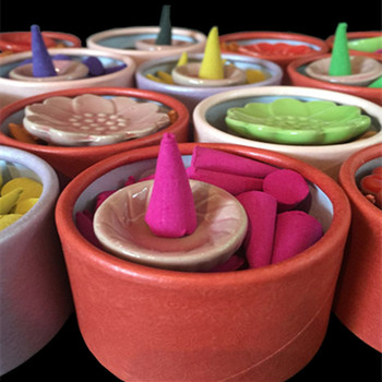 40Pcs/Box Incense Cones Holder Pagoda Natural Sticks Rose Tulip Scent Tower Sandalwood Spice Tray