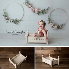 Liantu Newborn Photography Props Boy Girl Vintage Wood Round Hole Bed Props for Photography Studio Photo Bebe Accessories Basket