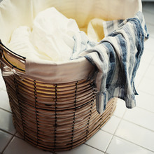 Wicker Woven Iron Basket Dirty Clothes Storage Basket Rattan Fabric Lining Fruit and Vegetable Storage Basket