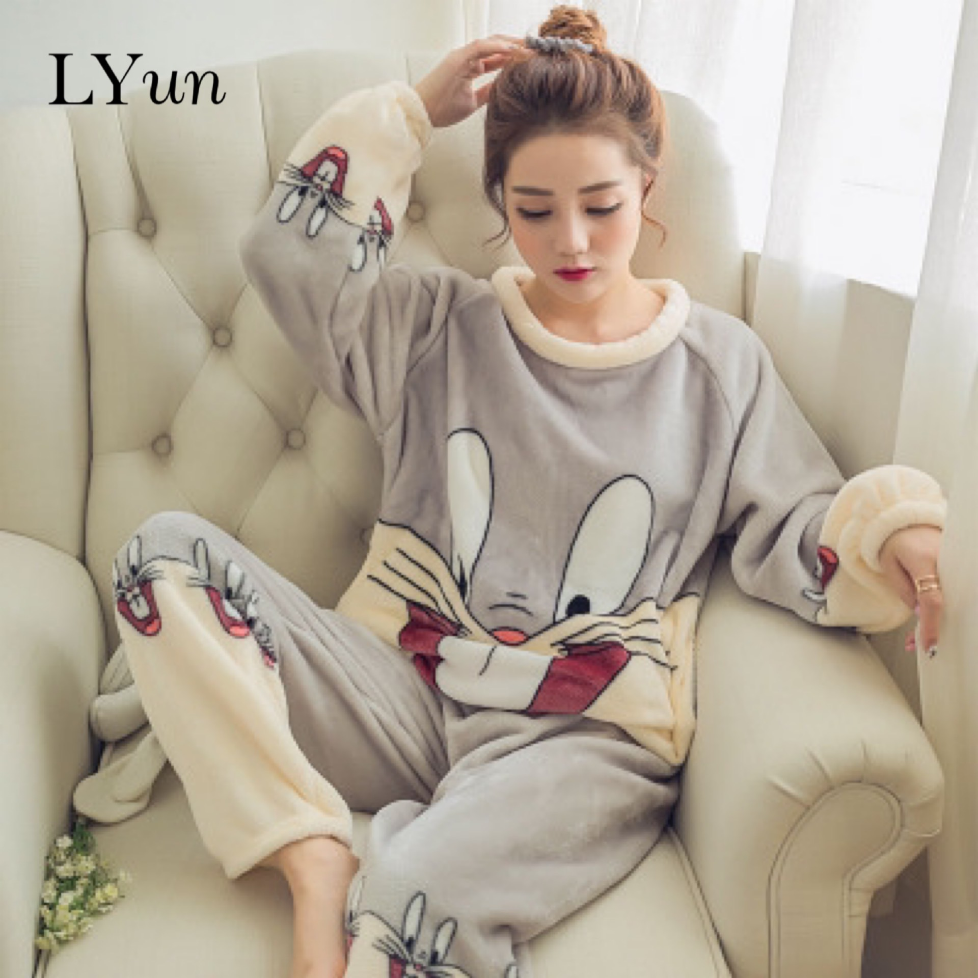 LYun Autumn and winter thick warm flannel pajamas female long-sleeved coral fleece cute cartoon ladies home service suit