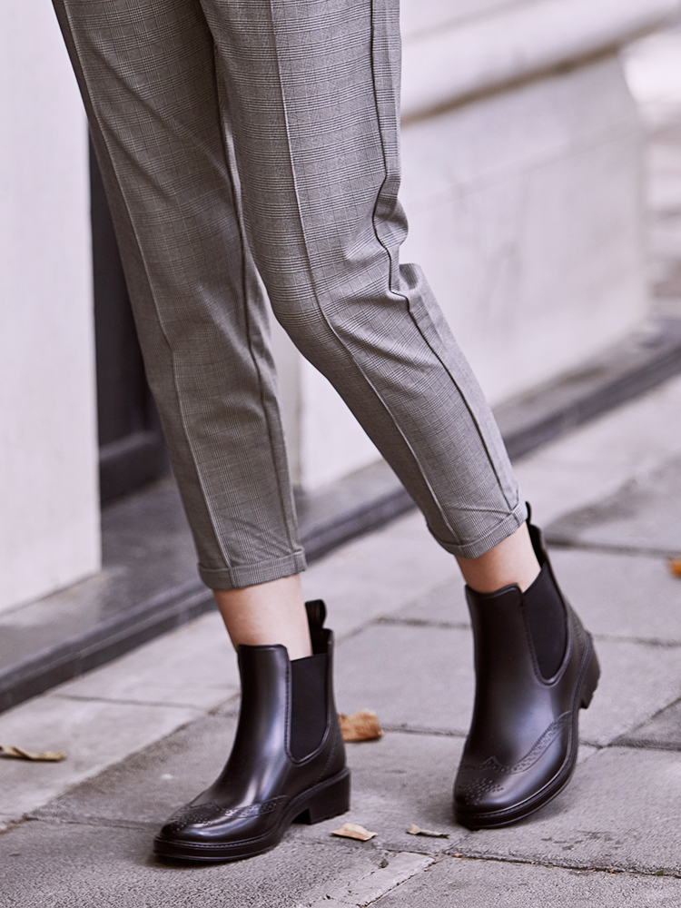 DRIPDROP Chelsea Boots Women Shoes Waterproof Thick Heel Bullock Fashion Woman Ankle