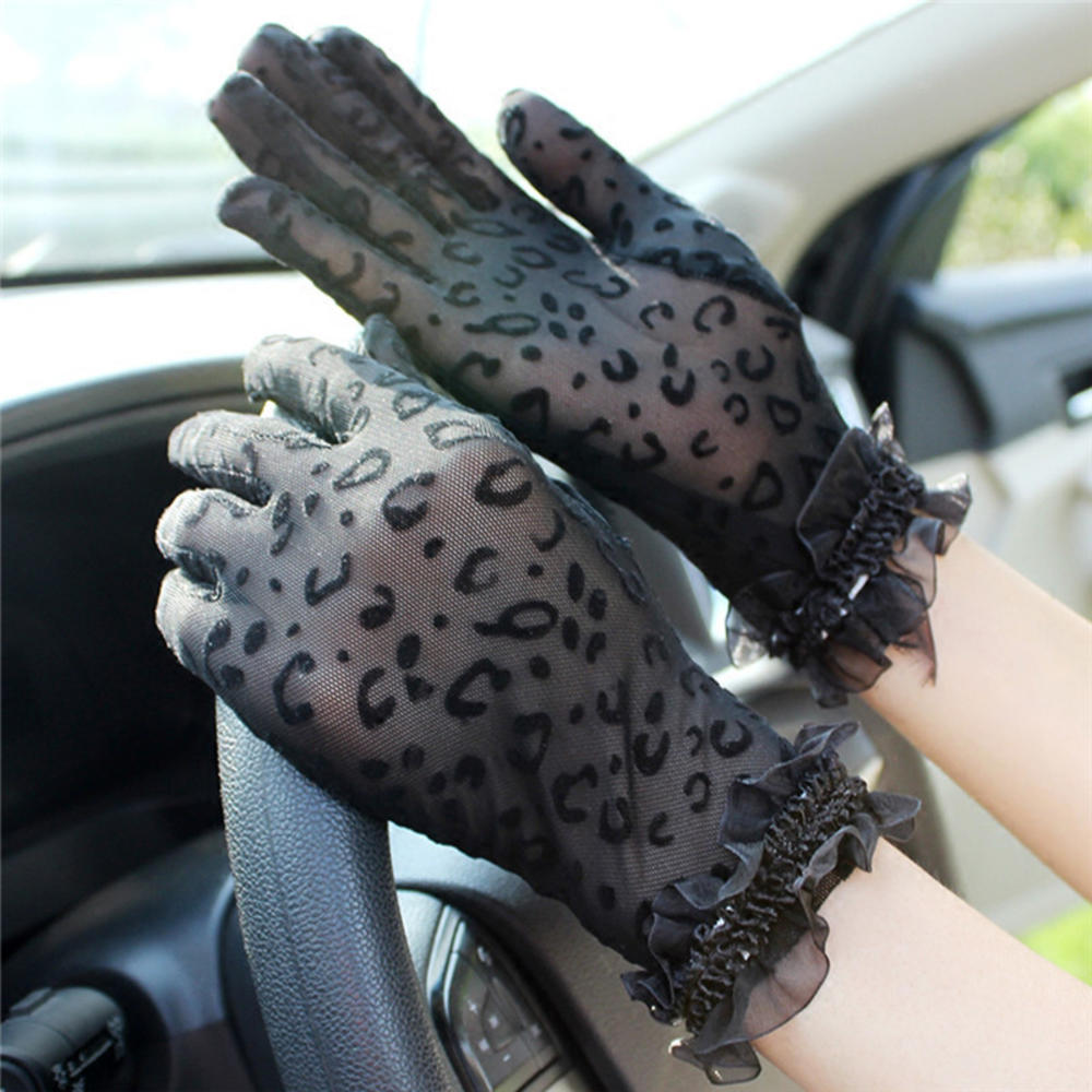 1Pair New Fashion Gloves Sexy Leopard Women Lace Sunscreen UV-Proof Driving Gloves Ladies Mesh Short Thin Gloves Hot