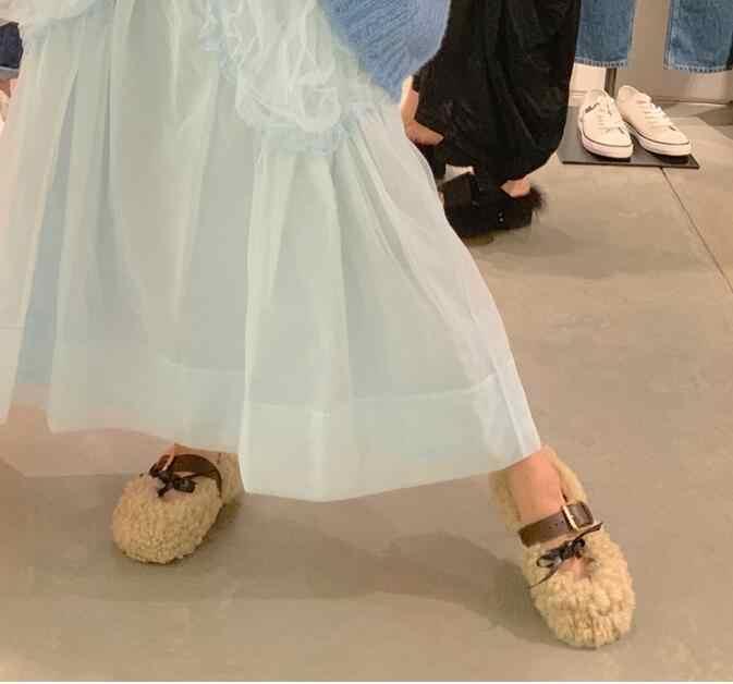 Обувь на меху; женские тапочки с бантом и пряжкой; балетки из овечьей шерсти; женская повседневная обувь на плоской подошве; коллекция 2019 года; сезон осень-зима; женские теплые кожаные лоферы