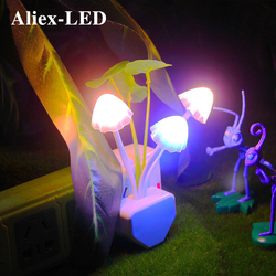 Novedad LED seta con luz para la noche, lámpara de inducción con hongos, 110V/220V, enchufe europeo y estadounidense, luces decorativas para dormitorio, regalo para niños