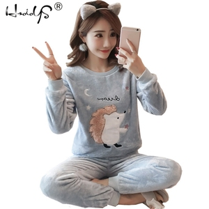 Image 1 - 2020 herbst Winter Frauen Pyjamas Set Schlaf Jacke Hose Nachtwäsche Warme Nachthemd Weibliche Cartoon Bär Tier Hosen Nachtwäsche
