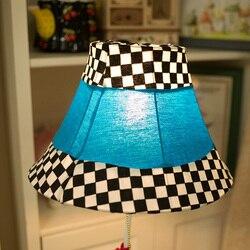 Cartoon lampa sypialnia lampa do salonu lampa podłogowa krata kurczak prezenty dla dzieci