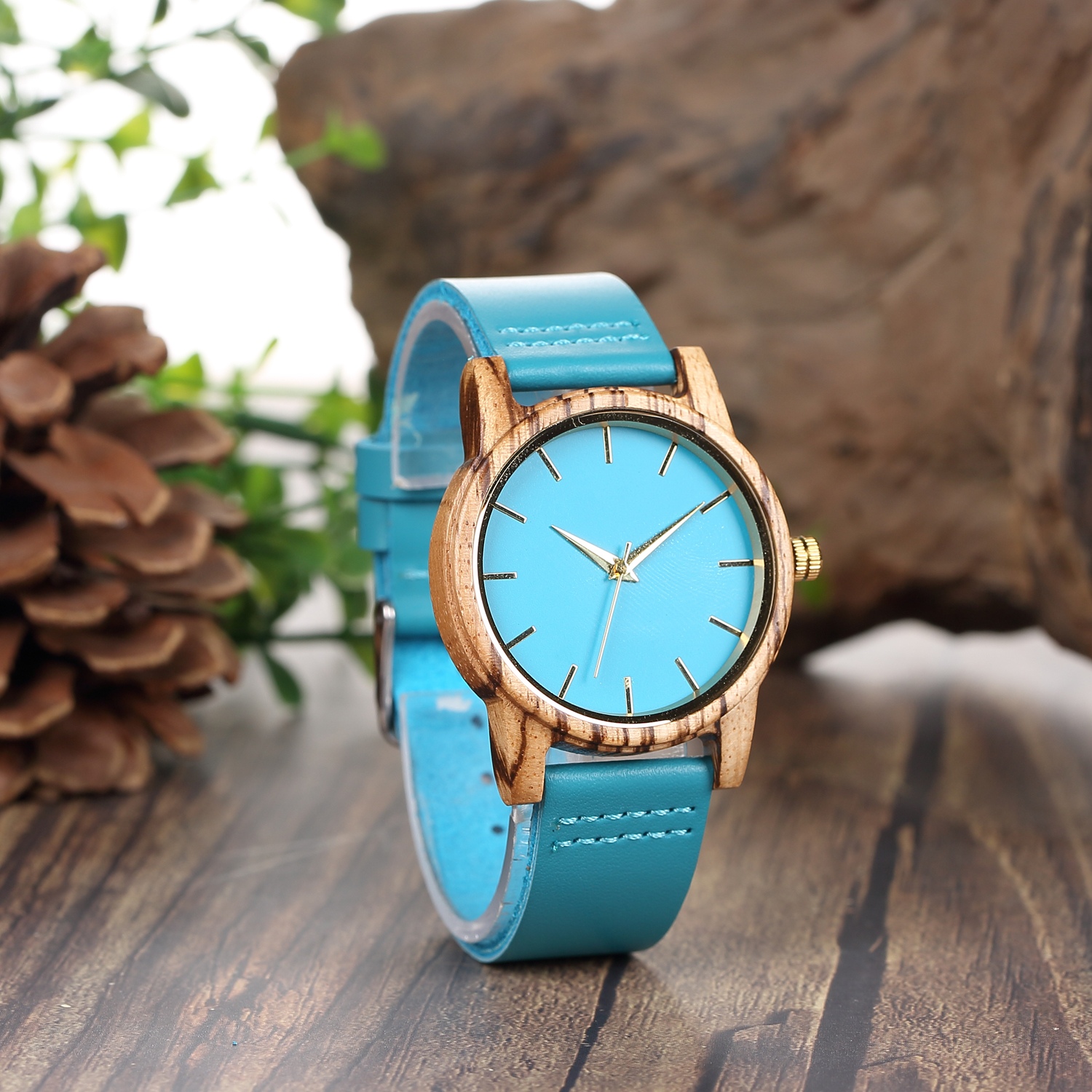 Couple Fashion Wood Watch Men Women Quartz Wristwatch 100% Natural Bamboo Clock Casual Leather Valentine's Day Gifts for Lvers