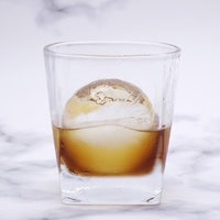 6cm Ball Ice Molds Home Bar Party Cocktail Use Sphere Round Ball Ice Cube Makers Kitchen DIY Ice Cream Moulds