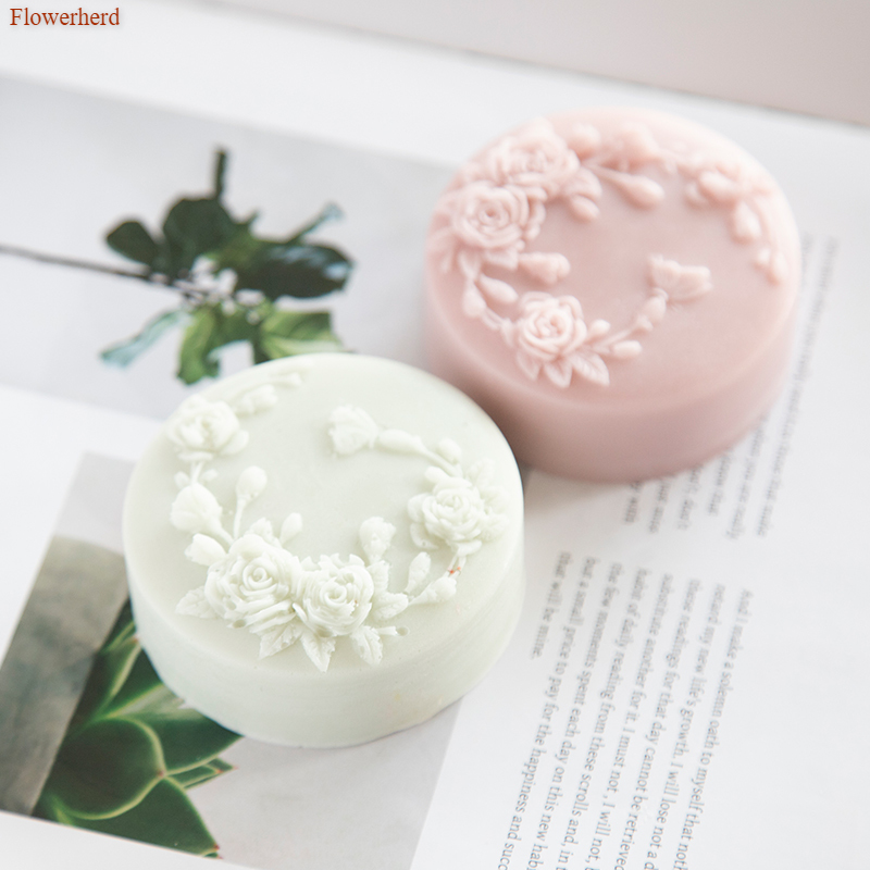 Round Handmade Flower Pattern Soap Mold Bathroom Supplies Soap Silicone Mold Soap Making Tools DIY Fondant Cake Chocolate Mold