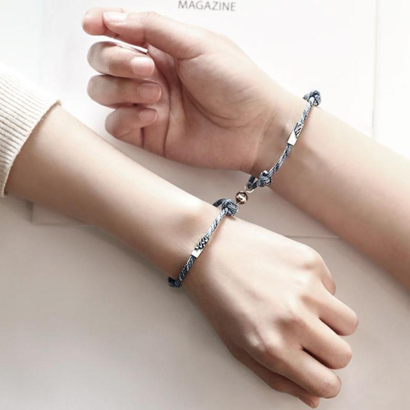 A Pair of Magnets Attract Each Other Couple Bracelet Men and Women Charm Bracelet Jewelry Meaning Love