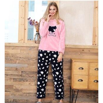 2018 Women New Coral Velvet Sleepwear Sets Polka Dot Flannel Velvet Pajamas Female Home Clothing Winter Warm Long Sleeve Cozy