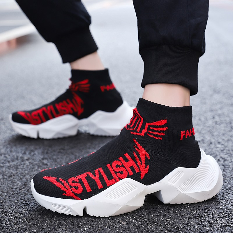 Winter Breathable Light Men Casual Shoes Silp-on Male Fashion Footwear Socks Shoes Walking Shoes Mens Sneakers High Style Loafer