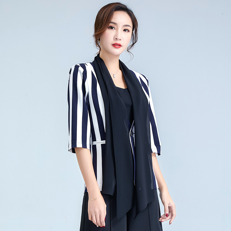 2020 Spring Striped One Button Cropped Sleeves Small Suit V-neck European and American Style Slim-Fit Jacket