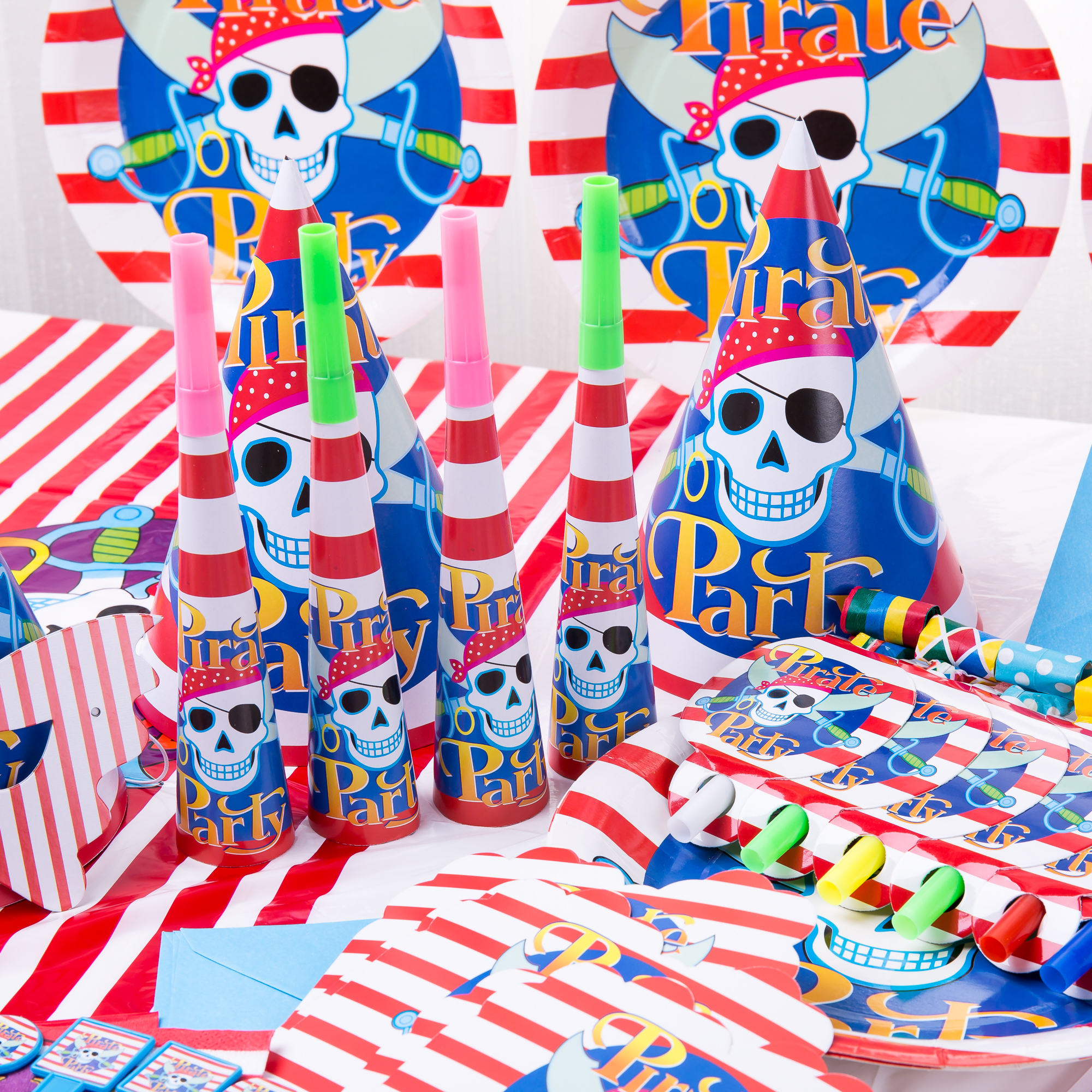 72pcs/lot Cartoon pirate childrens party supplies favorite for Halloween disposable Birthday