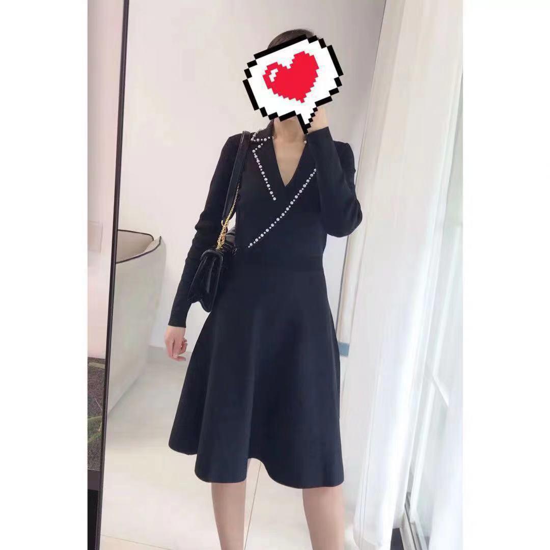 2019 Otoño/Invierno nueva perla solapa manga larga cuello pico delgado vestido de punto oficina señora mujeres Mini vestidos-in Vestidos from Ropa de mujer    2