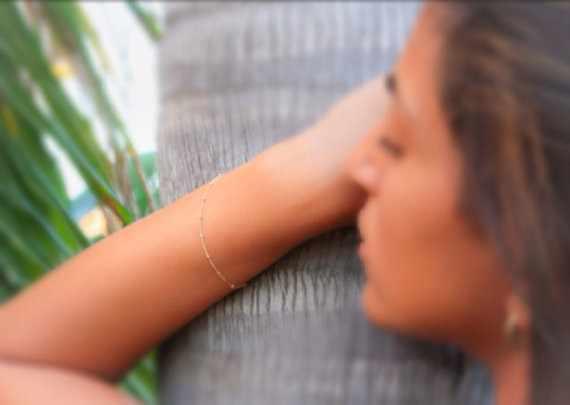 2019 Venta caliente 1 pieza simple plata/oro exquisita pulsera de cuentas de cobre mujer/mujer pulsera de moda cadena regalo