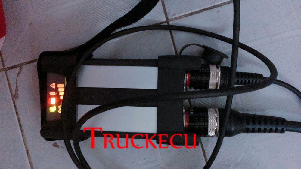 Per Volvo VOCOM II 88830400 per volvo VCADS PRO vocom 2 Premium Tech Strumento PTT 2.7 dev2tool per Volvo truck escavatore diagnostica