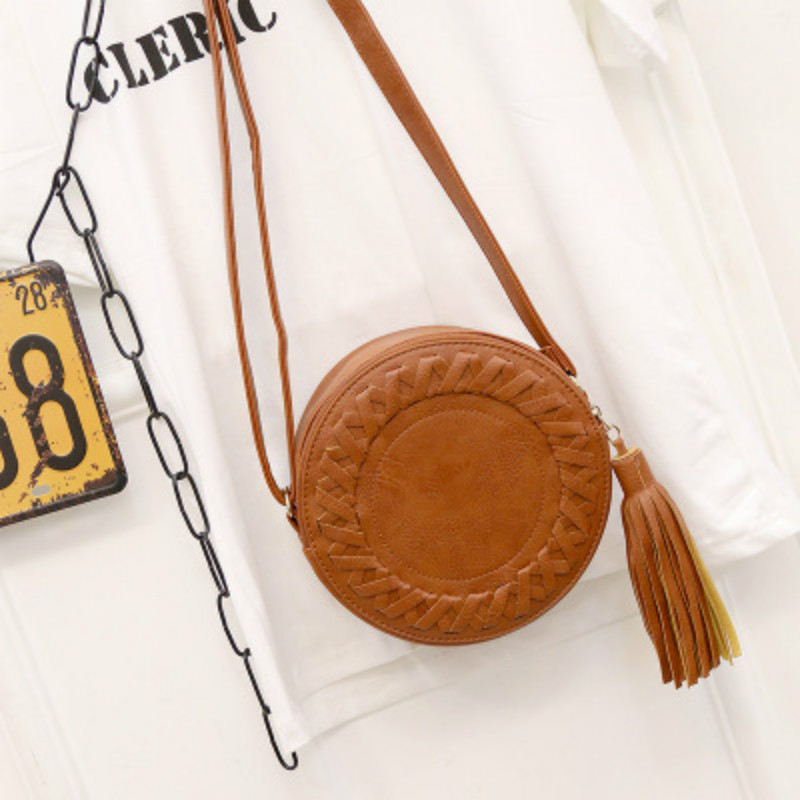 New Women's Bag Trendy Women's Shoulder Bag Solid Color Woven Tassel Small Round Bag Messenger Bag Fashion Makeup Coin Purse