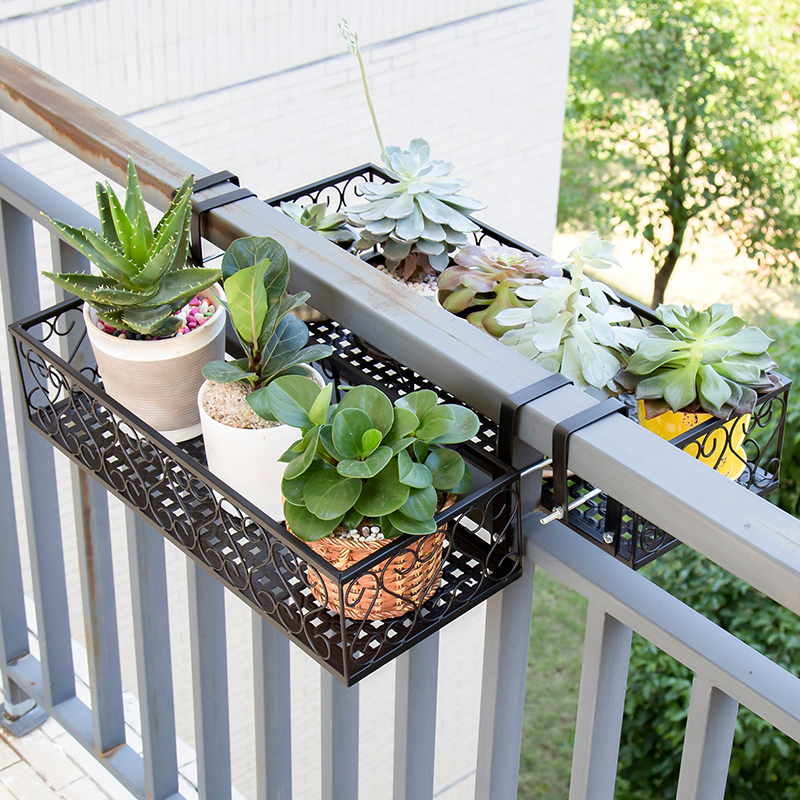 European Balcony Flower Stand Iron Railing Multi-layer Hanging Flower Pot Rack Wall Hanging Green Radish Meat Rack