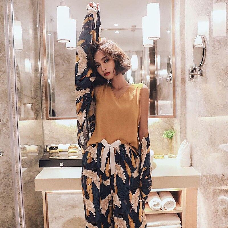 4 Pieces Set Autumn Pajamas Fashion Casual Loose Sleepwear Suit Women Crane Print Home Clothing Loungewear Nightgown 44 70KG in Pajama Sets from Underwear Sleepwears