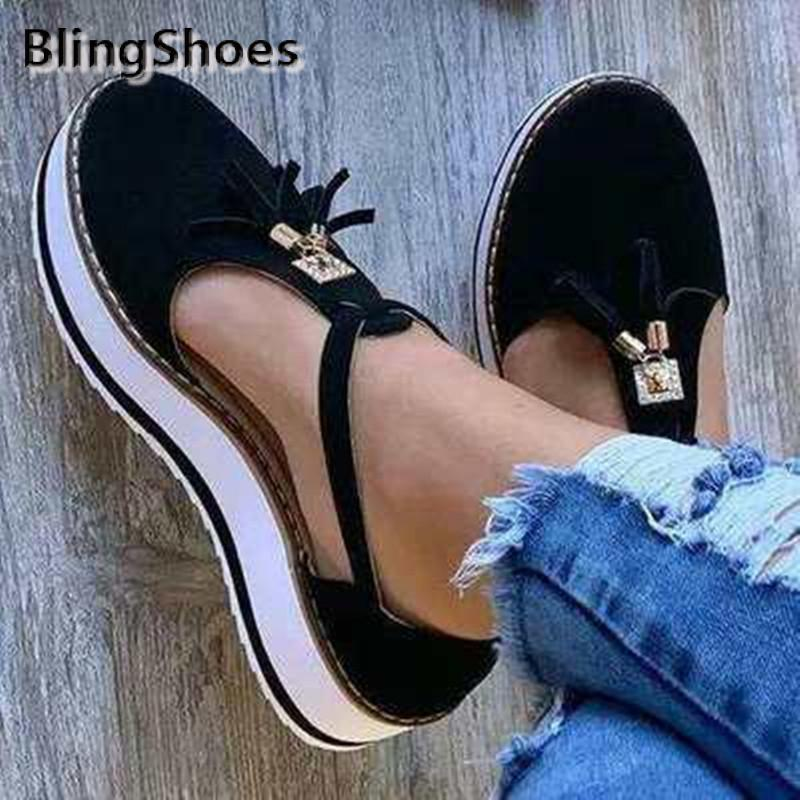 2021 جديد الصيف النساء شقة موضة شرابات مشبك حزام منصة السيدات شقة عادية أحذية حجم كبير أحذية النساء غير رسمية الفلكنة