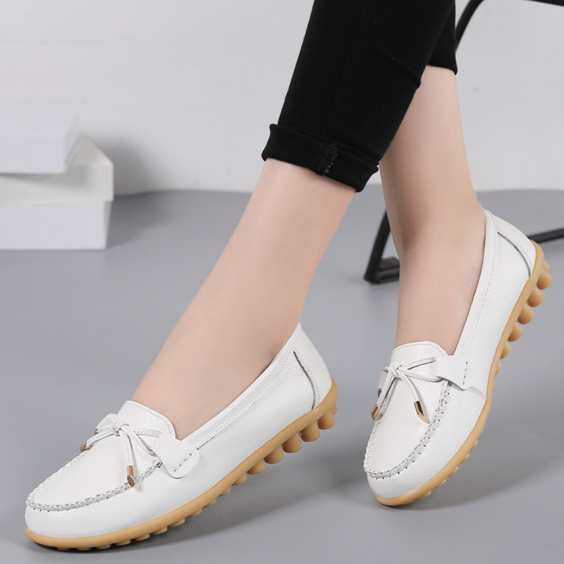 2020 Spring brand 16 Colors Soft Woman Flats Shoes Woman Butterfly Decoration Walking Shoes Leather Loafers Big Large Size 35~44