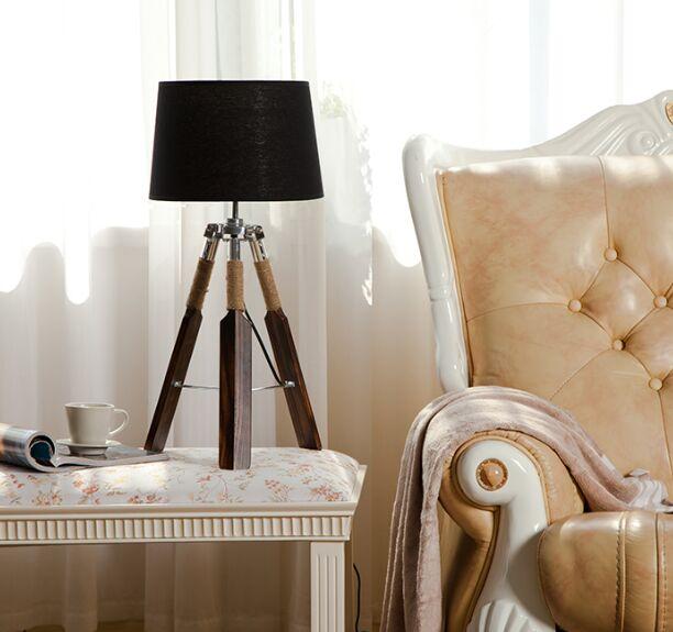 Тканевый абажур деревянный треугольник весло настольные лампы украшения настольные лампы для чтения спальня рядом с освещением - Цвет абажура: black