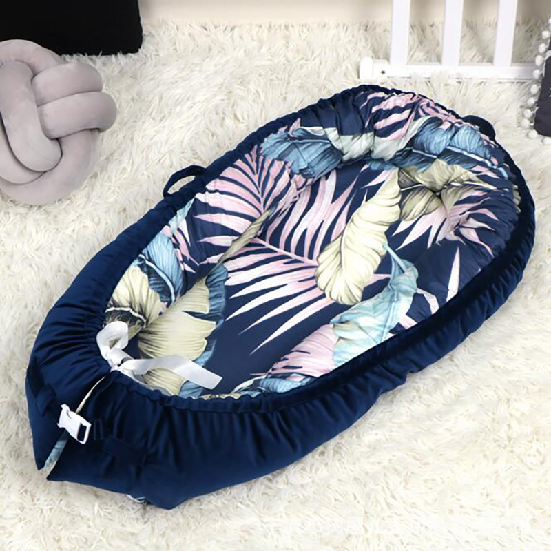 Winter Thick Baby Portable Crib Velvet Clothes Care Bumpers Baby Nest Foldable Sleeping Basket Toddler Multifunction  BTN008