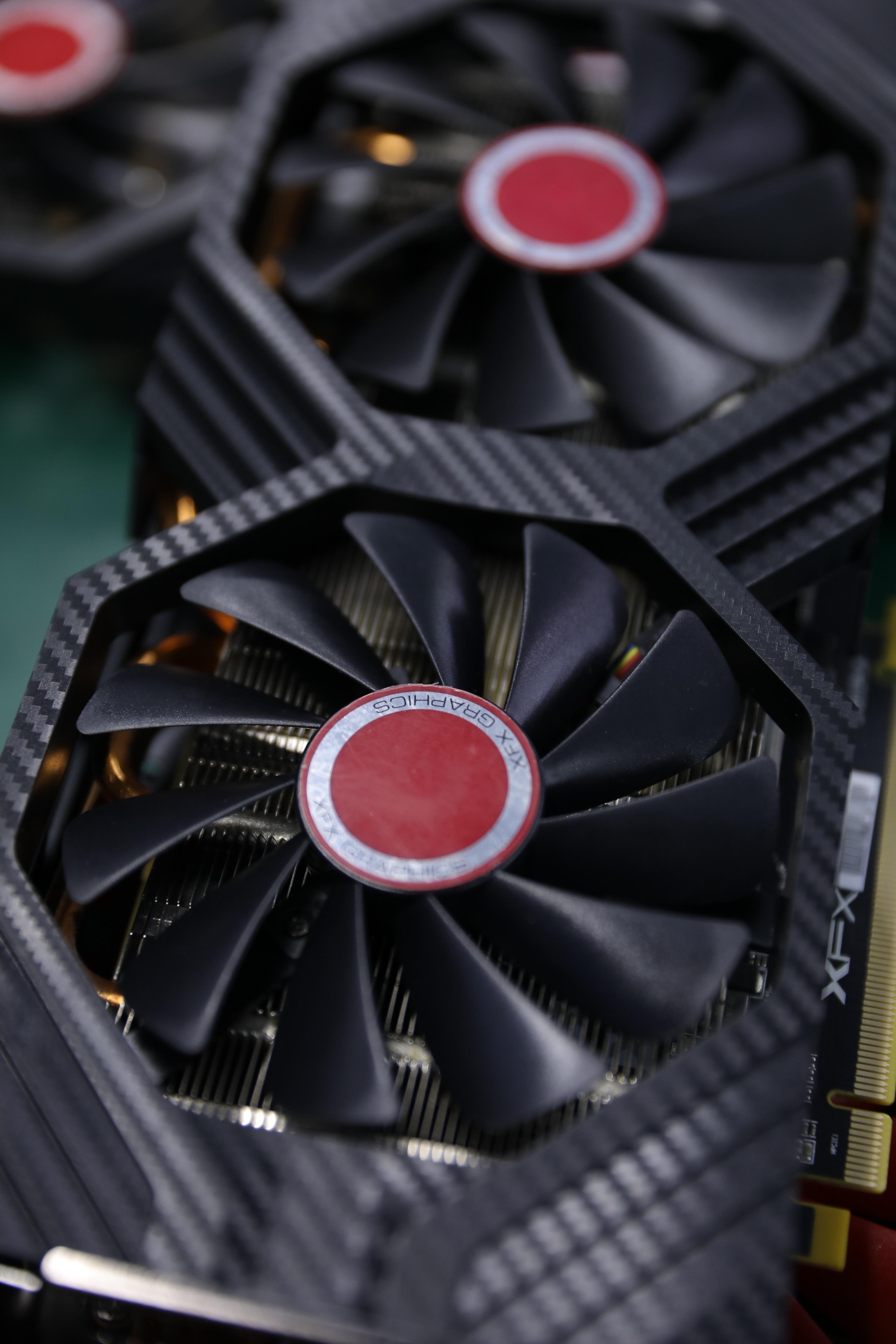 XFX RX 580 4GB 256bit GDDR5 Настольный ПК игровой видеокарты видеокарта не горнодобывающей промышленности используется rx 580 4g бне новая карточная игра rx580 8G 4G-2