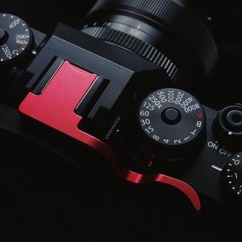 Wysokiej jakości kciuk w górę kciuk reszta uchwyt na kciuk z oryginalna naklejka skórzana dla Fuji XT4 X T4 Fujifilm X-T4 tanie i dobre opinie OLOEY Aluminium Thumb Grip For Fuji X-T4
