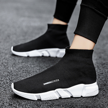 2020 Men Running Shoes Female Sports Socks Shoes Breathable Mesh Woman High Top Walking Athletic Shoes Unisex Sneakers Trainers