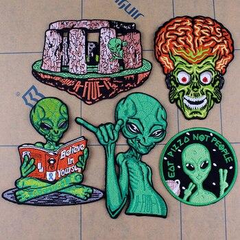 Pulaqi Alien de dibujo parche OVNI tela parches bordados parches para ropa apliques Rock cráneo bandas insignias planchar parches F
