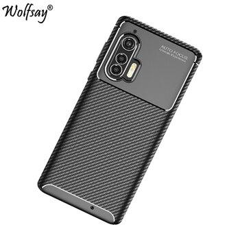 Перейти на Алиэкспресс и купить Чехол для Motorola Edge Plus, Силиконовый противоударный чехол из углеродного волокна для Moto Edge Plus, чехол для Motorola Edge +