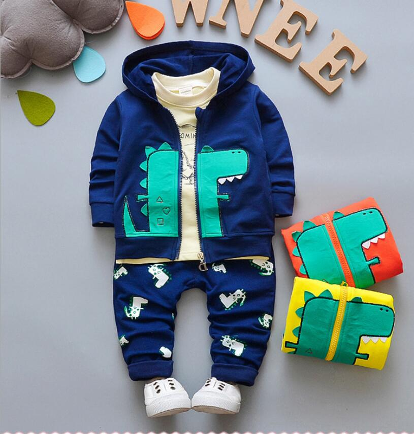 Комплект из трех предметов для мальчиков, повседневный хлопковый комплект одежды, кофта с капюшоном и штаны, на весну и осень