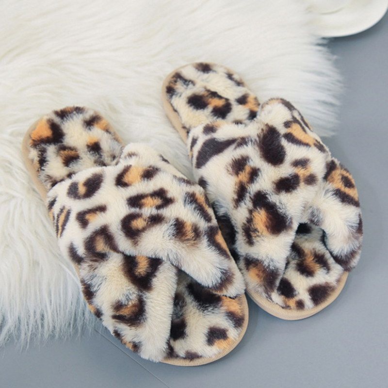SWQZVT Leopard print women slippers non-slip house furry ladies slippers shoes 2020 open toe flat indoor fur slides for women (44)