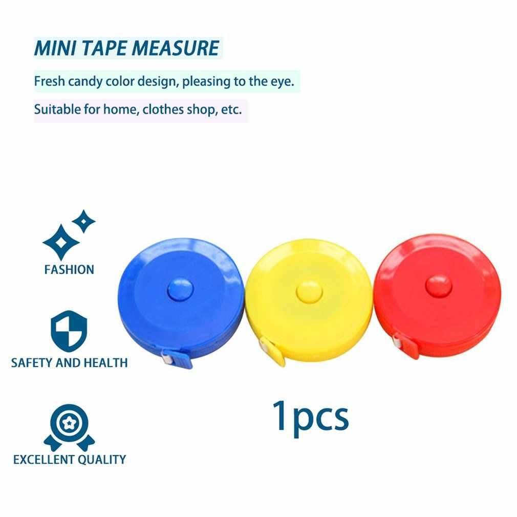 1.5M Mini otomatik geri çekilebilir mezura santimetre/inç cetvel esnek şeker renk cetvel mezura (rastgele desen)