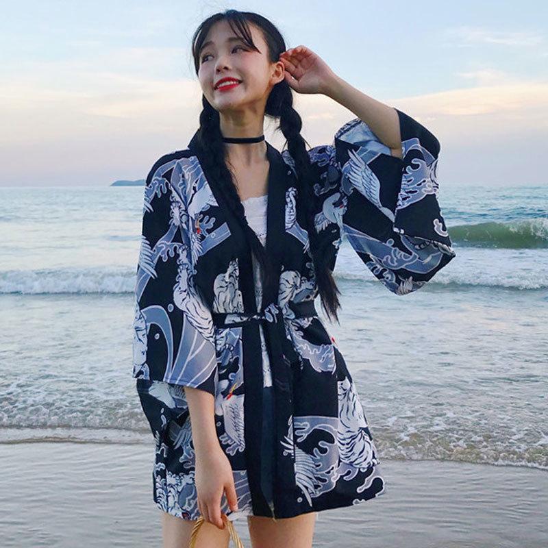 New Traditional Japanese Kimono Loose Cardigan Women Cosplay Shirt Thin Kimono Yukata Summer Beach Coat Sunscreen Haori Geisha