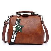 Женская кожаная сумка, 2019 новая женская мода, масло, воск, кожаная пряжка, ретро докторская сумка, разнообразные цвета, модный дизайн, дикий, практичный, звездный кулон, сумка через плечо, сумка через плечо